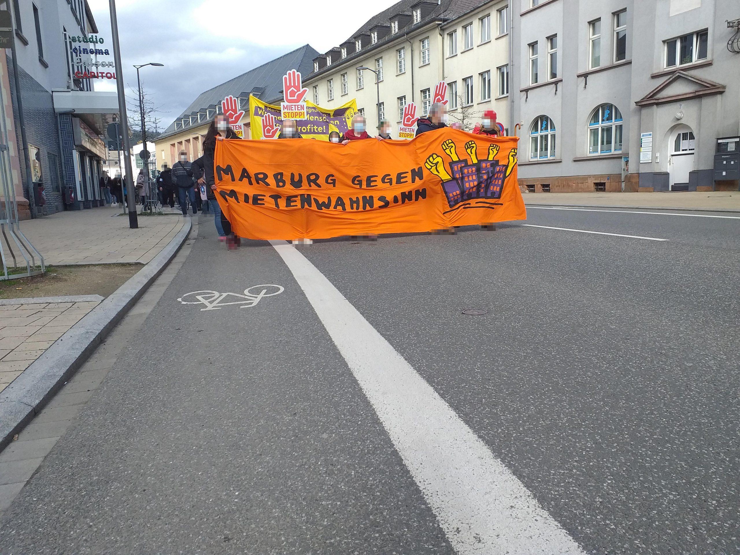 "Kurzbericht zur Demonstration ""Housing Action Day 2021"""
